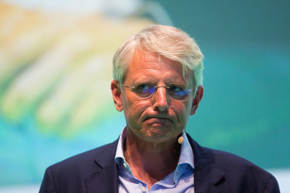 Dutch Mapmaker TomTom Is Keeping 'Open Mind' on Deals, CEO Says