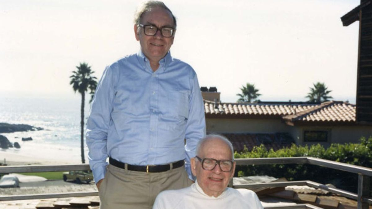 Buffett Reveals Outrageous Acts That Lifted College S