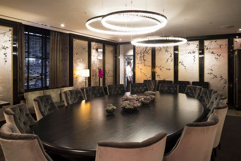 The private dining room at La Chine, the Waldorf Astoria's main restaurant.