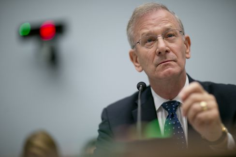 FDIC Vice Chairman Thomas Hoenig