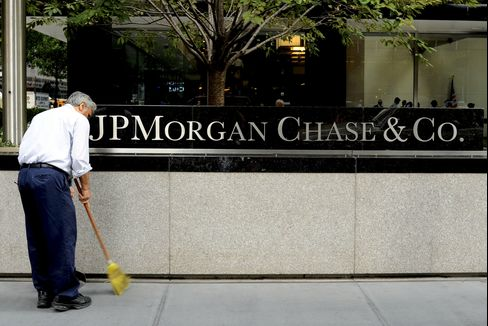 JPMorgan Said to Seek First Sale of Mortgage Bonds Since Crisis
