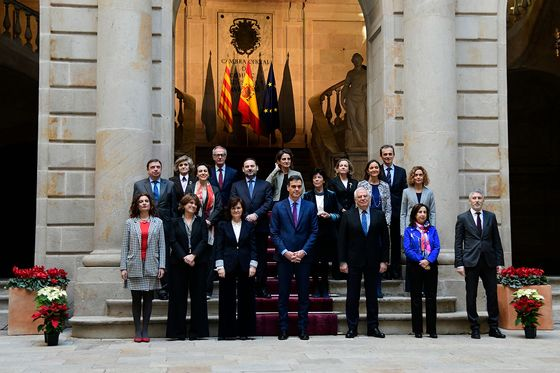 Spanish Ministers Brave Protests in Drive to Repair Catalan Rift