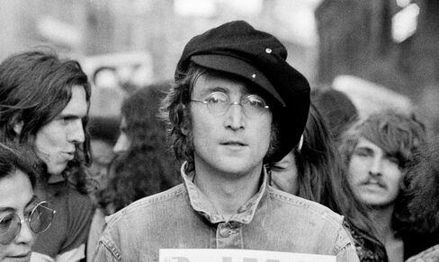 John Lennon Dream Re-Imagined as Migrant Boom