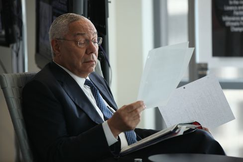 Colin Powell Endorses Obama as Candidates Pit Micro v. Macro