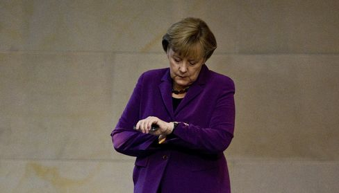 Merkel Says Germany Backs Draghi's Conditionality for ECB Aid