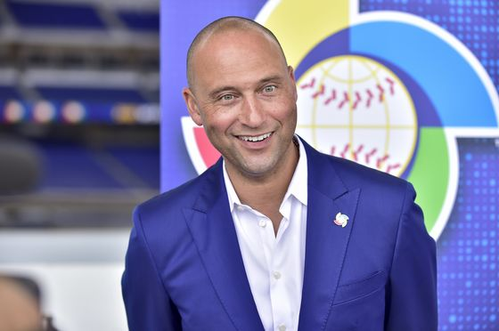 Jeter-Led Miami Marlins Sign Stadium-Naming Deal With LoanDepot