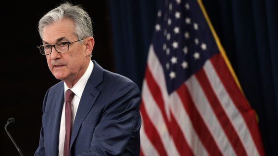 Powell Holds Dovish Line as Fed Signals Zero Rates Through 2023