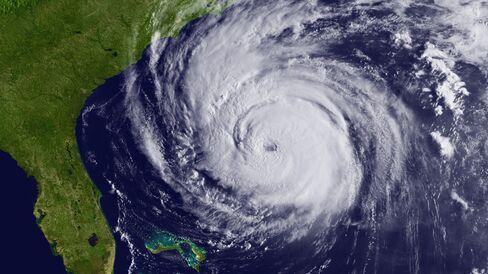 Hurricane Earl Heads Toward New England