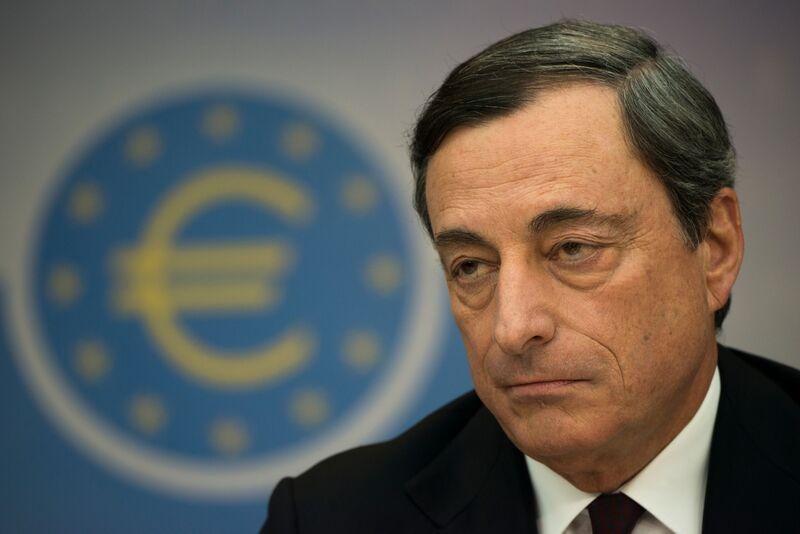 Η γκρίνια της Merkel για το αδύναμο ευρώ έχει διπλό στόχο