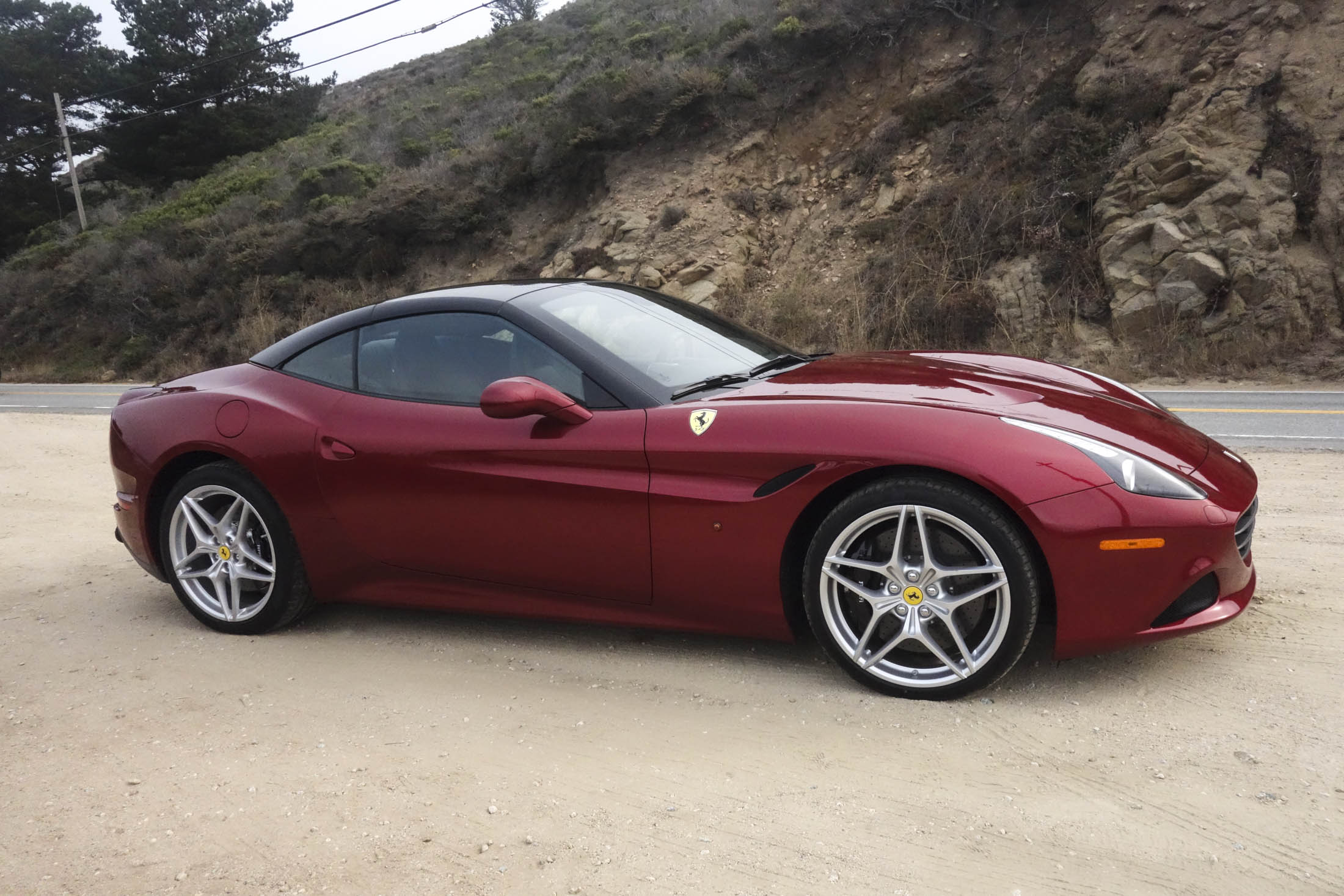 first drive the 2017 ferrari california t hs feels like. Black Bedroom Furniture Sets. Home Design Ideas