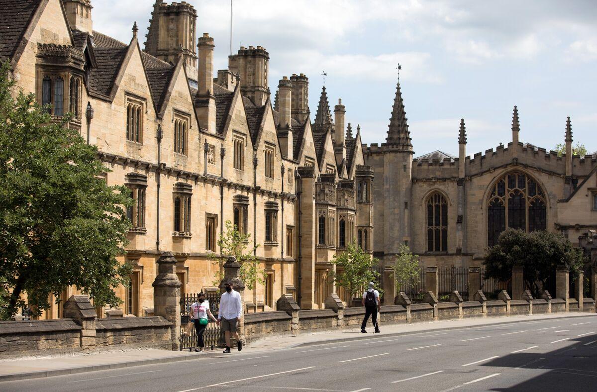 Oxford and Cambridge Lose Top Spot in U.K. University Ranking