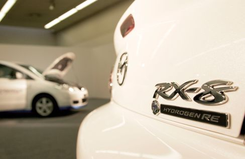Mazda Ends Hummm as Rotary Gives Way to Hydrogen Cells