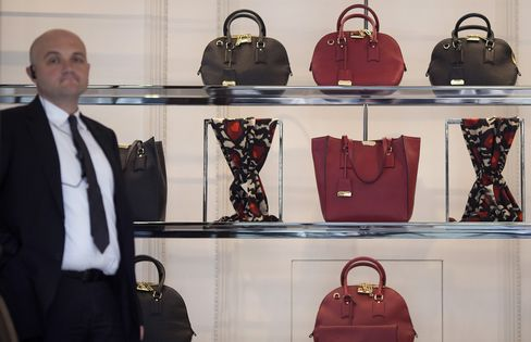 Burberry Revenue Beats Estimates