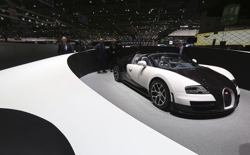 Bugatti-Driving 26-Year-Old Tied to $3 Billion Stock Promotions