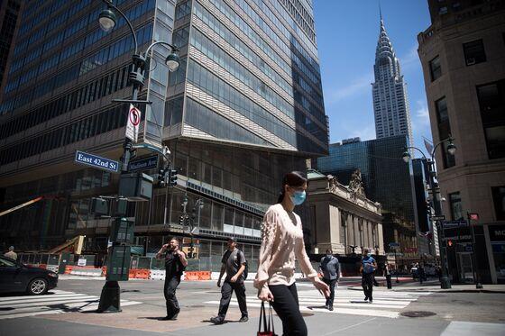 Manhattan Office Glut Grows as Landlords Face Virus Boom