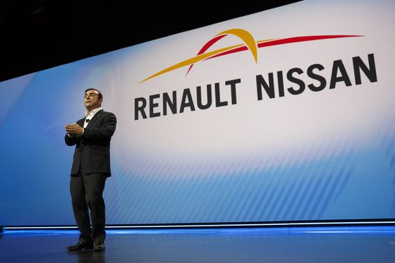 After Ghosn, France and Japan Turn to Car Partnership He Built
