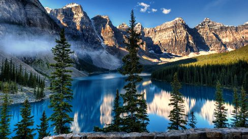 Moraine Lake at Banff National Park