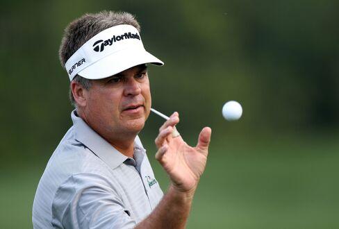 Golfer Kenny Perry
