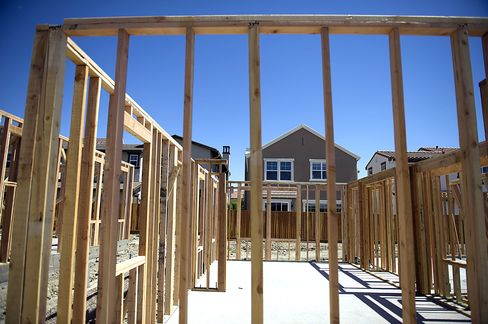 Homebuilders Defy Rate Rise-Threat With Newest Perks