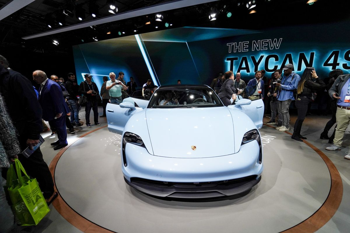 Porsche Defies Car Industry Gloom With Record Sales