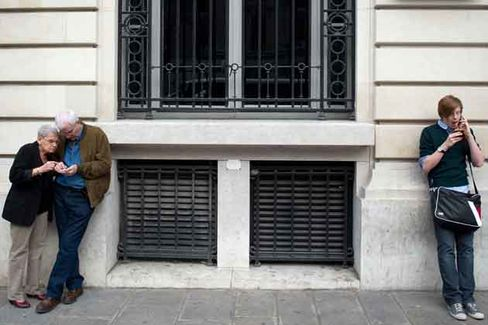 Free's Low Rates Rattle French Telecom Industry