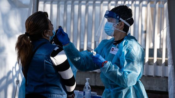 Japan Moves Closer to Declaring Virus Emergency in Tokyo, Osaka