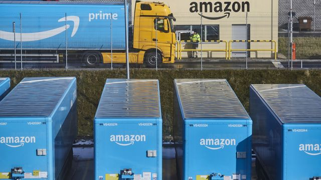 Amazon Makes Big Foray Into Health Care With PillPack Purchase