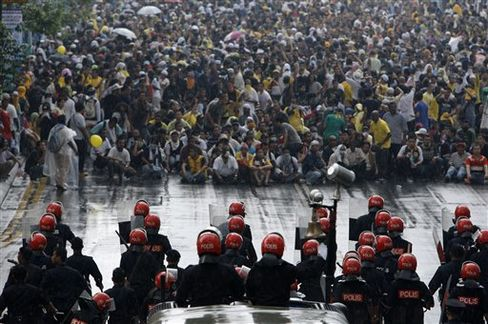 Police Clash With Malaysian Protesters
