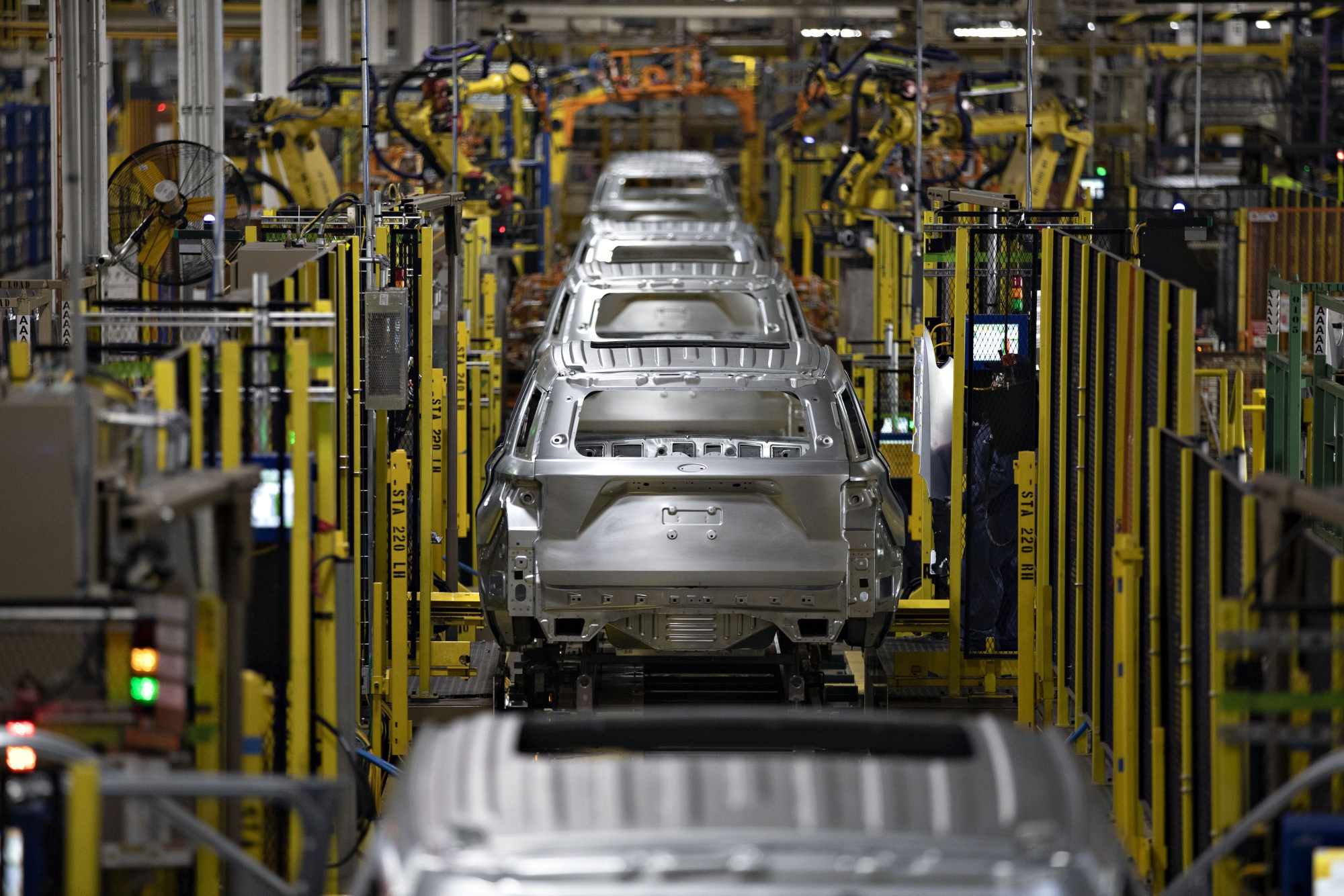 Ford Motor Co. Unveils $1 Billion Chicago Plant Transformation