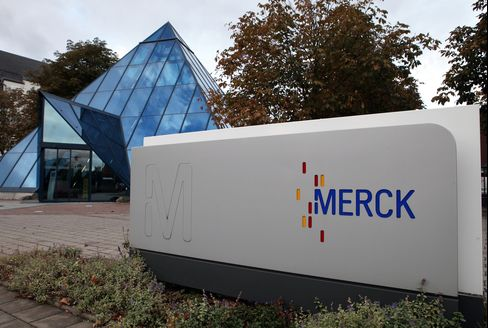 Merck KGaA Says Lung-Cancer Drug Test Misses Survival Target