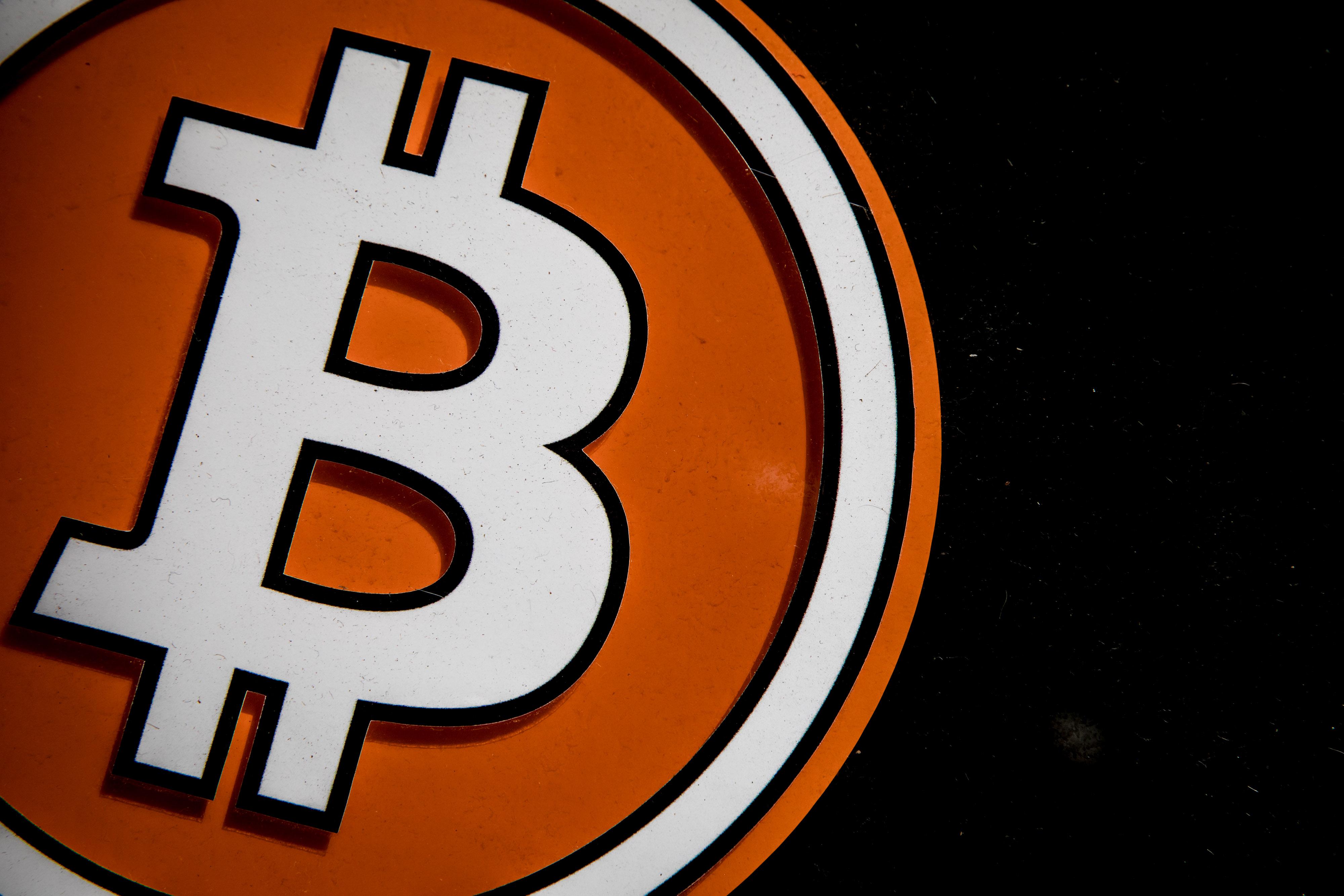 L'enthousiasme de la crypto-monnaie augmente les enjeux pour les régulateurs.