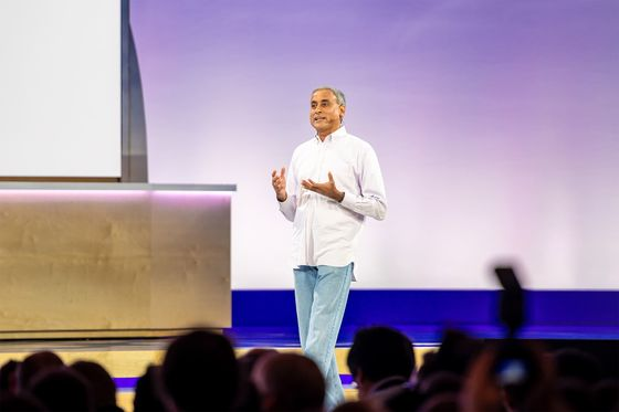Google Ad Chief Ramaswamy Exits; Search, AI Veteran Replaces Him
