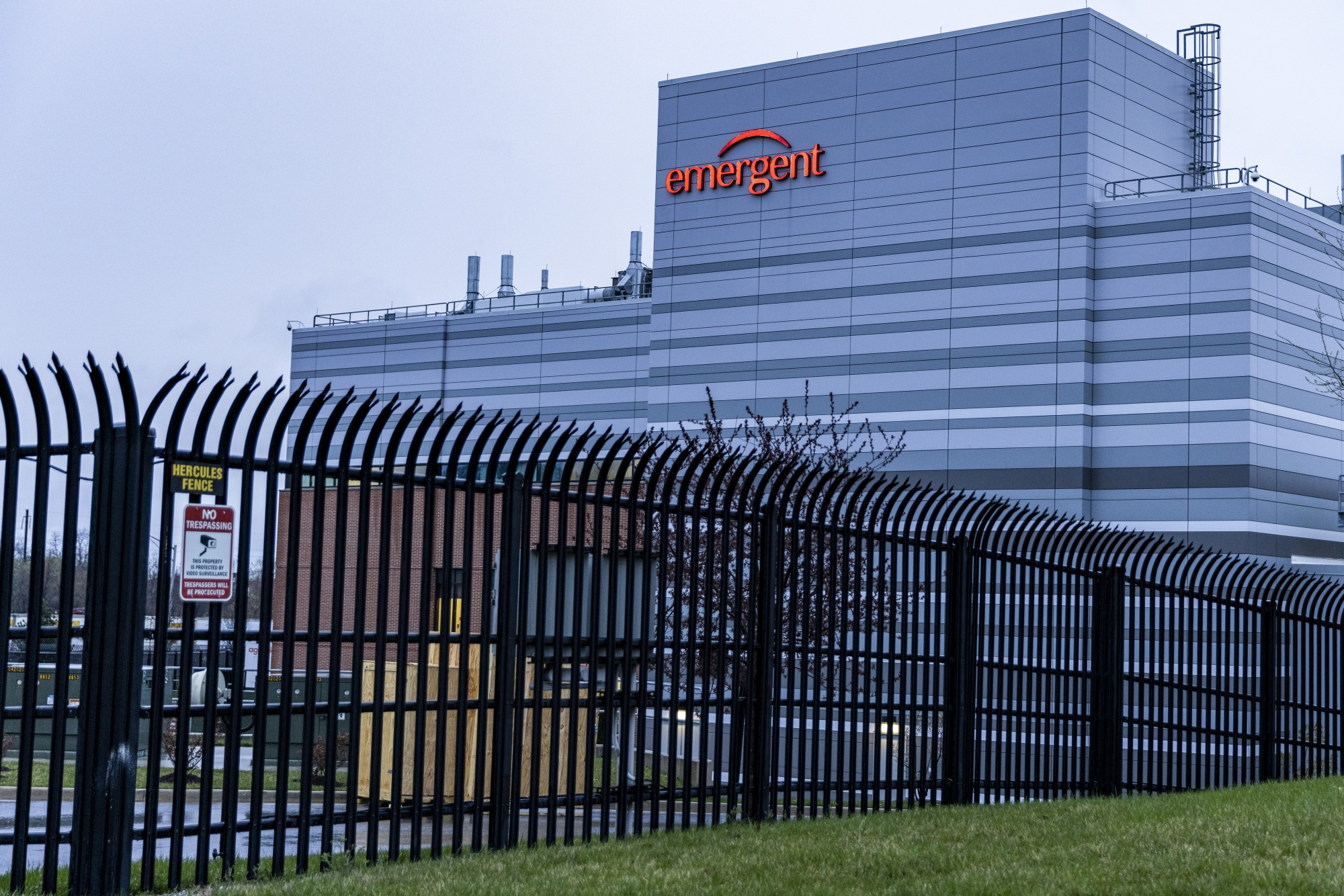 15 Million Doses Of Johnson & Johnson Vaccine Ruined At Baltimore Lab Mix-Up