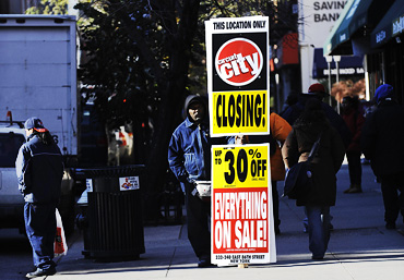 Circuit City: Vying for Liquidation Bargains