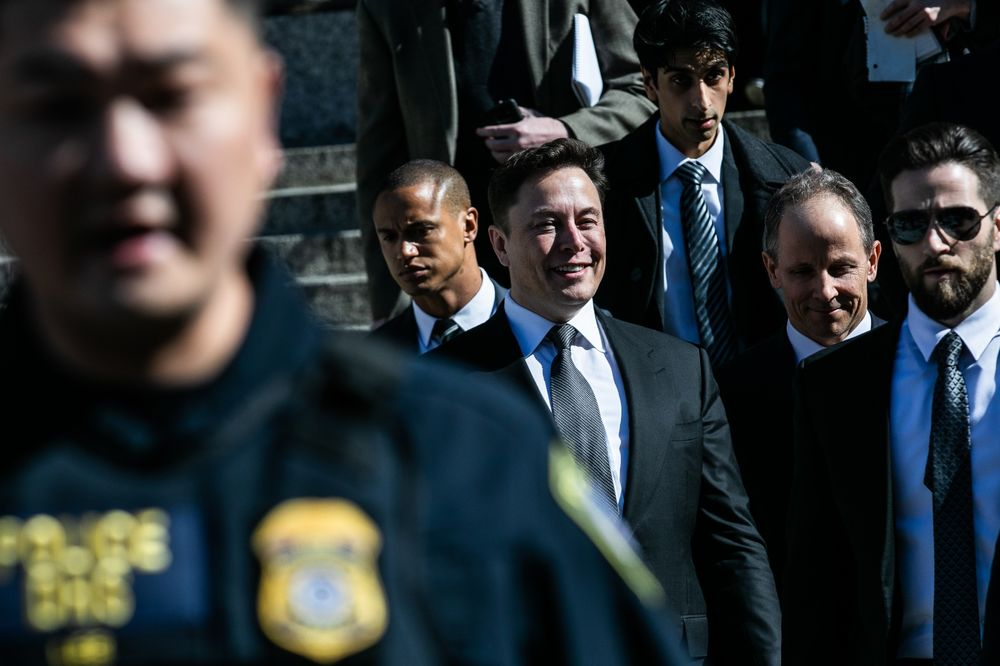 Musk Judge Sends SEC, Tesla CEO Back to Negotiating Table - Bloomberg