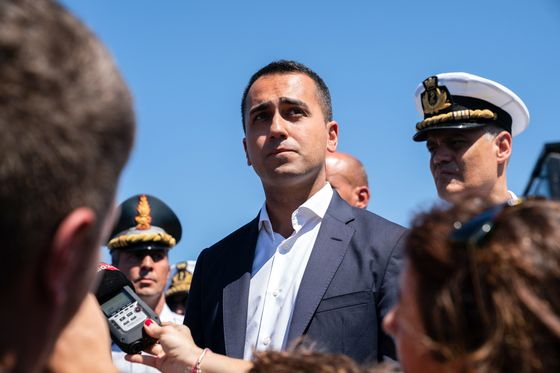 Italy Bridge Disaster Shows Faultline in Populist Coalition