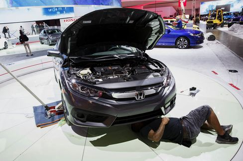Inside The 2015 Los Angeles Auto Show