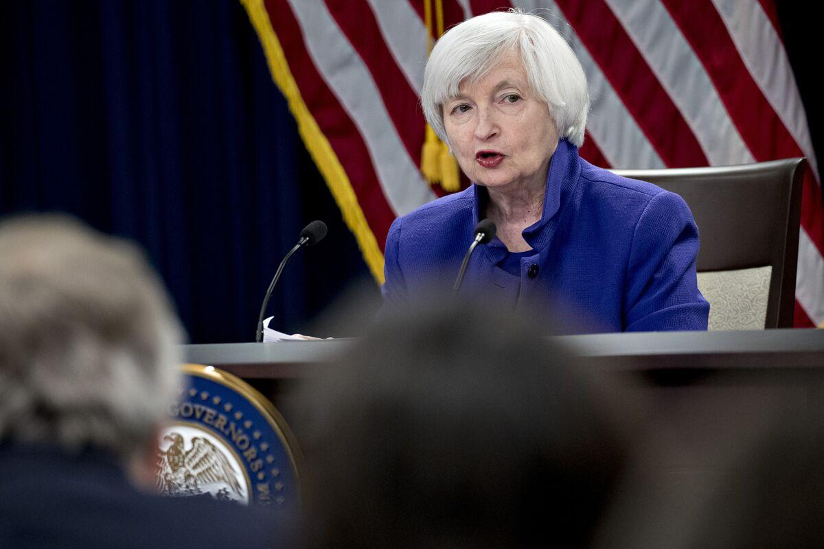 Yellen to Enter Firing Line on Biden Aid Plan as Recovery Fades