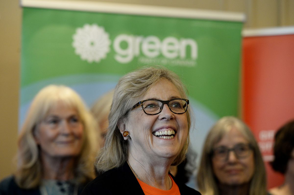 Green Who Wants to Abandon Oil May Be Canada's Next Power Broker