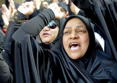 Arab Spring Uprisings Lose Momentum