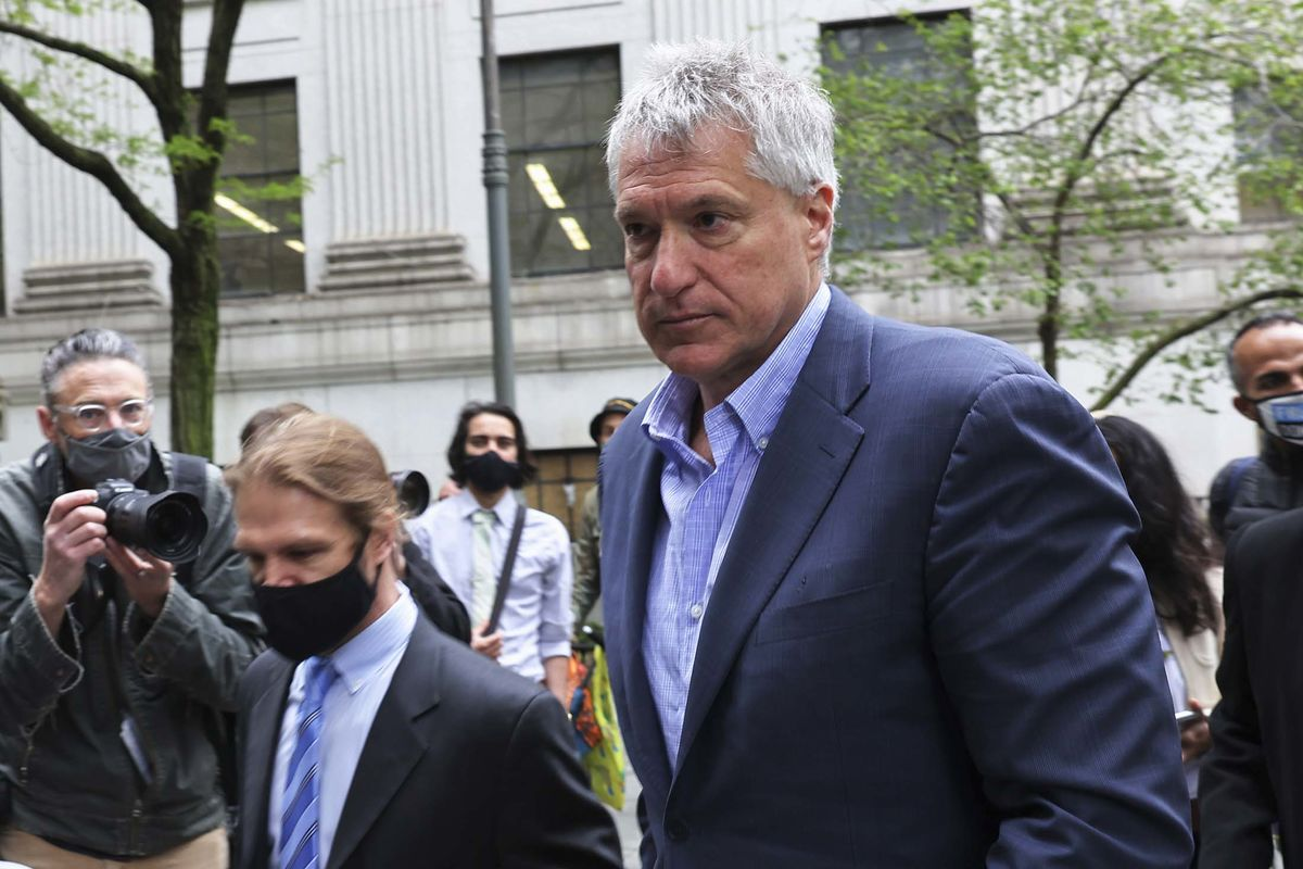 Chevron Gadfly Donziger Faces Criminal Charges in N.Y. Trial