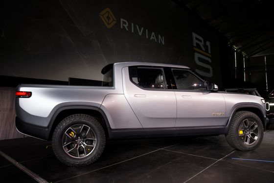 Nikola and Rivian's Appetite for Risk Is Prize for GM, Ford