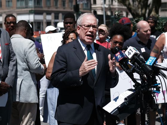 Griffin, Loeb Donations Blasted by NYC Mayor Candidate Stringer
