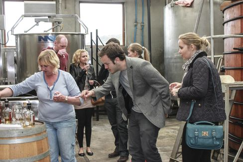 A tasting at the Abhainn Dearg Distillery.
