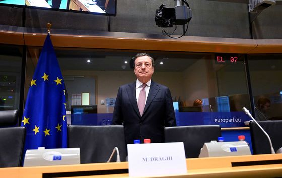 Draghi Doesn't See Need for More Stimulus to Combat Growth Woes