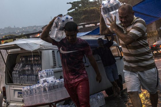 Bottled Water Flies Off the Shelves in Rio as Taps Run Dry