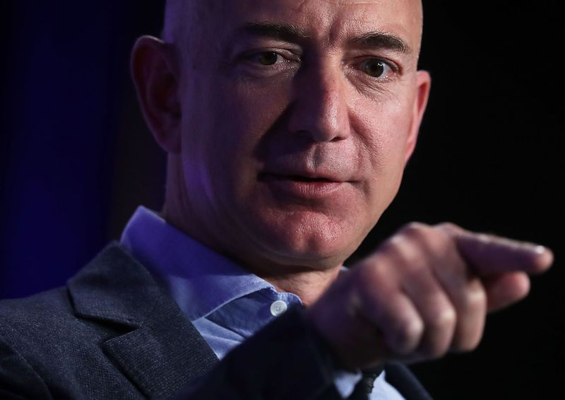 Fundador y CEO de Amazon Jeff Bezos habla sobre los avances en inteligencia artificial