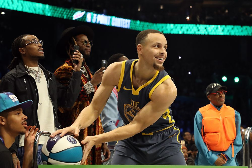 78334ba6db5 Stephen Curry prepares to shoot during the 3-Point Contest as part of the  2019