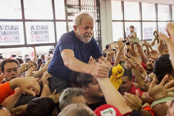Lula's Candidacy at Stake in Top Court Ruling Friday