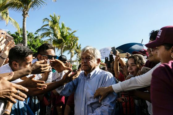 At Billionaire's Posh Malls, Staff Told to Vote Against AMLO